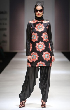 Black applique work kurta with patiala