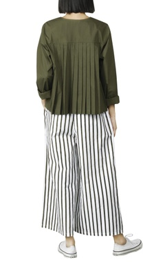 White stripped palazzos