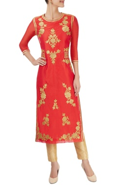 Coral red kurta with appliques