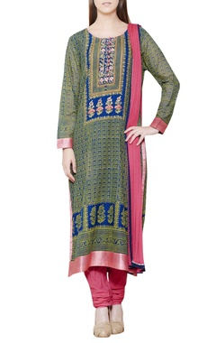 Blue kurta set with zardozi embroidery