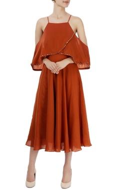 brown cold-shoulder midi dress