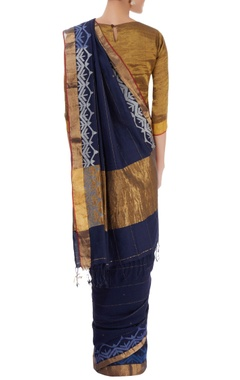 Navy blue sari with shaded border details