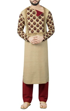 Debarun - Men Maroon & cream kurta set