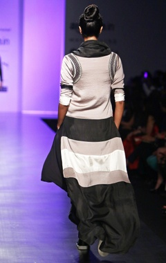 Grey, black & white color-block kurta