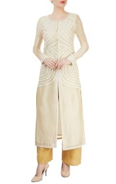 Ivory kurta set with tonal embroidery