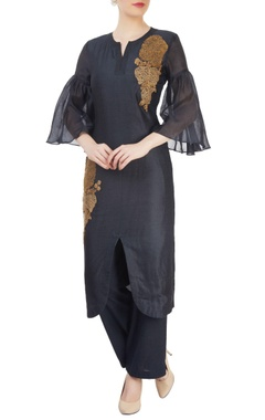 Navy blue kurta set with embroidery