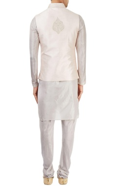 light grey kurta set with embroidered nehru jacket