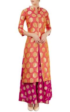 Peach & magenta skirt set with floral motif
