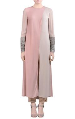 pink kurti with embellished sleeves