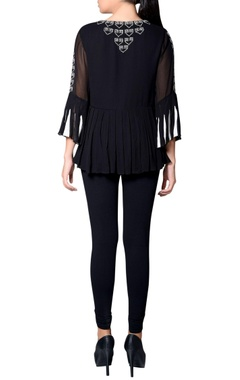Black & ivory embroidered top with paneled sleeves