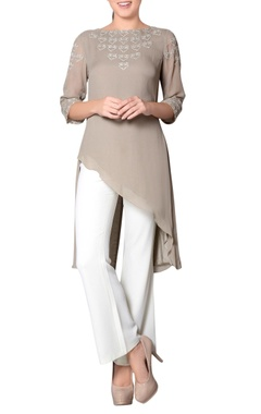 Grey tunic with embroidery