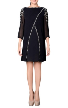 Black overlap dress with embroidery