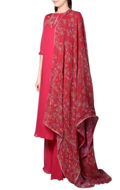 Burgundy embroidered kurta set