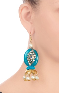 Blue earrings with kundan work