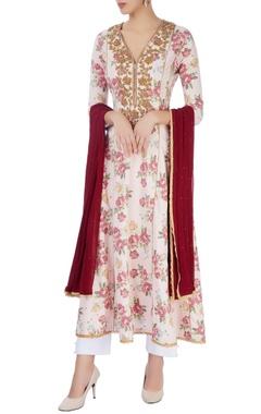 pink & white embroidered kurta set