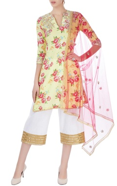 Seema Khan Yellow embroidered kurti with pants