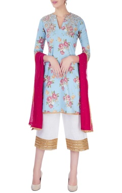 Seema Khan Blue embroidered kurta set