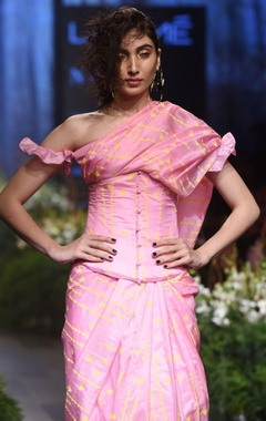 Pink turf sari with blouse