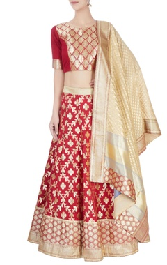 Maroon lehenga set with floral pattern