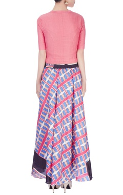 Multi colored printed skirt with light pink top