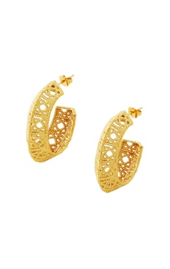 Gold plated earrings with filigree work