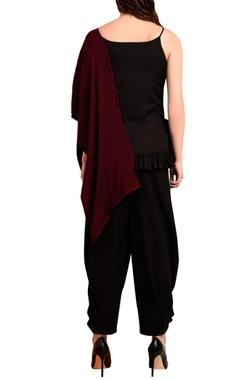 Black & wine red top