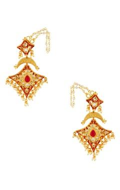 Red kite shape studded earrings