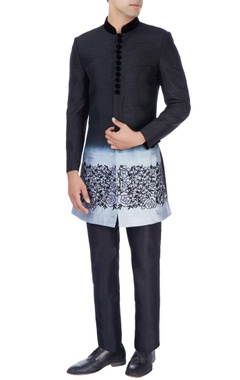 Manish Nagdeo - Men Black & gray sherwani & trousers
