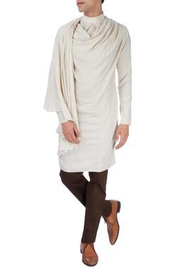 Beige kurta with dark brown trousers