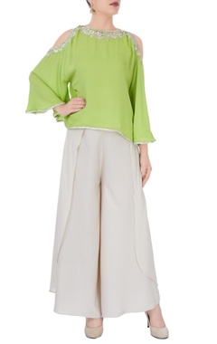 Green cold shoulder top & pants