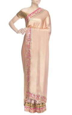 peach printed sari with blouse piece