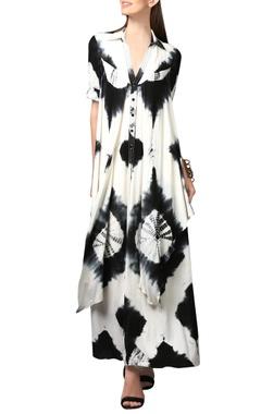 White & black printed shirt dress