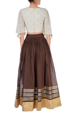 Brown skirt with off-white crop top