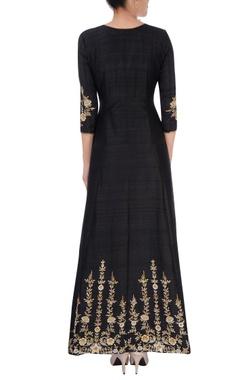 black & gold embroidered kurta set