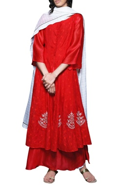 crimson red double layered kurta & dupatta