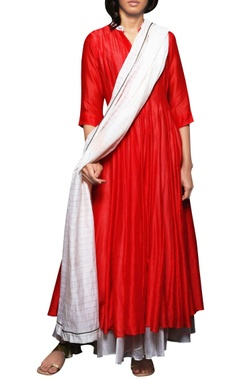 crimson godet kurta with pants & dupatta