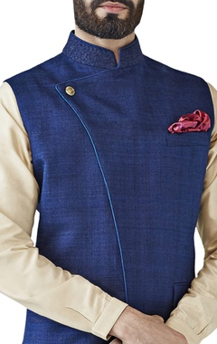 Navy dori embroidered bandi