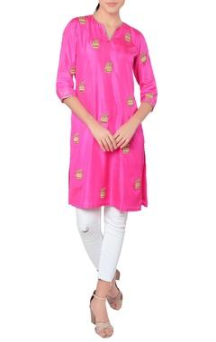 Pink short kurta with print