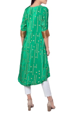 Green kurta with golden embroidery