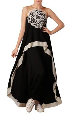 Black printed asymmetric tunic