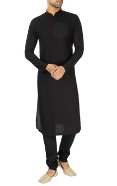 Black & red embroidered kurta set