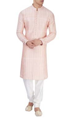 Peachy pink textured kurta