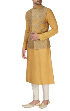 Beige kurta set with light gold waistcoat