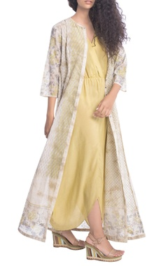 Beige floral tunic & yellow dress