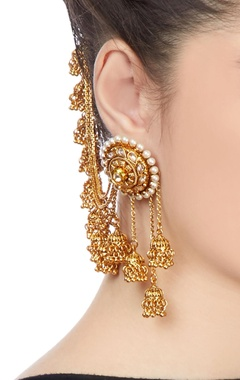 Gold plated earrings with hair link chain