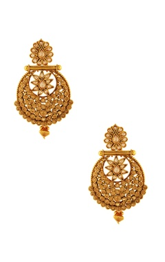 Gold plated earrings with maangtika