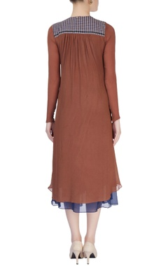 Brown midi dress with decorative buttons