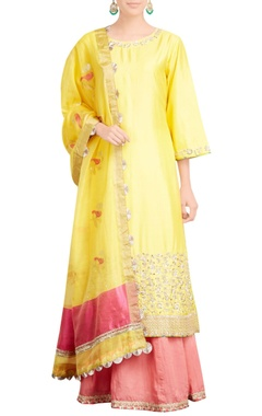 yellow kurta with pink skirt & dupatta