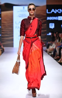 Red & pink ombre sari