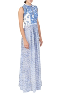 White & blue abstract print dress